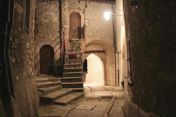 Le case dell'Arco, Monte San Vito, Scheggino, appartamenti vacanze Umbria